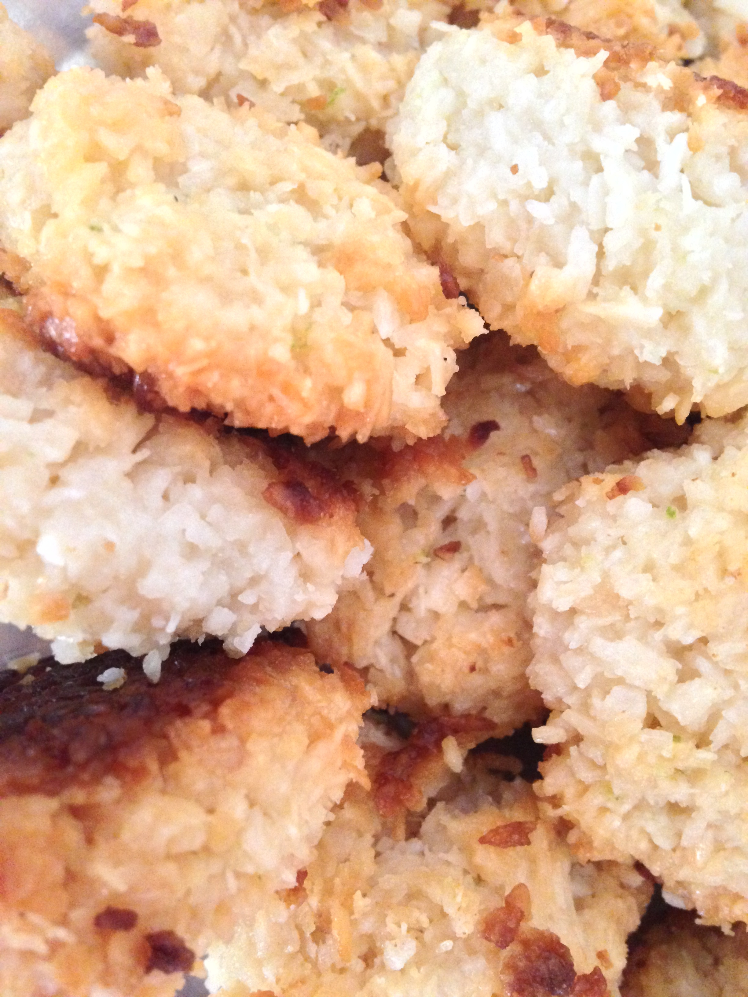 Home-made Coconut Macaroons, Know Krumbs